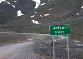 At the foot of the steep grade through Atigun Pass